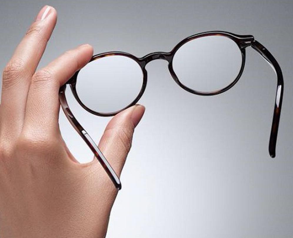 entretien des lunettes lambotte opticiens opticien amay. Black Bedroom Furniture Sets. Home Design Ideas